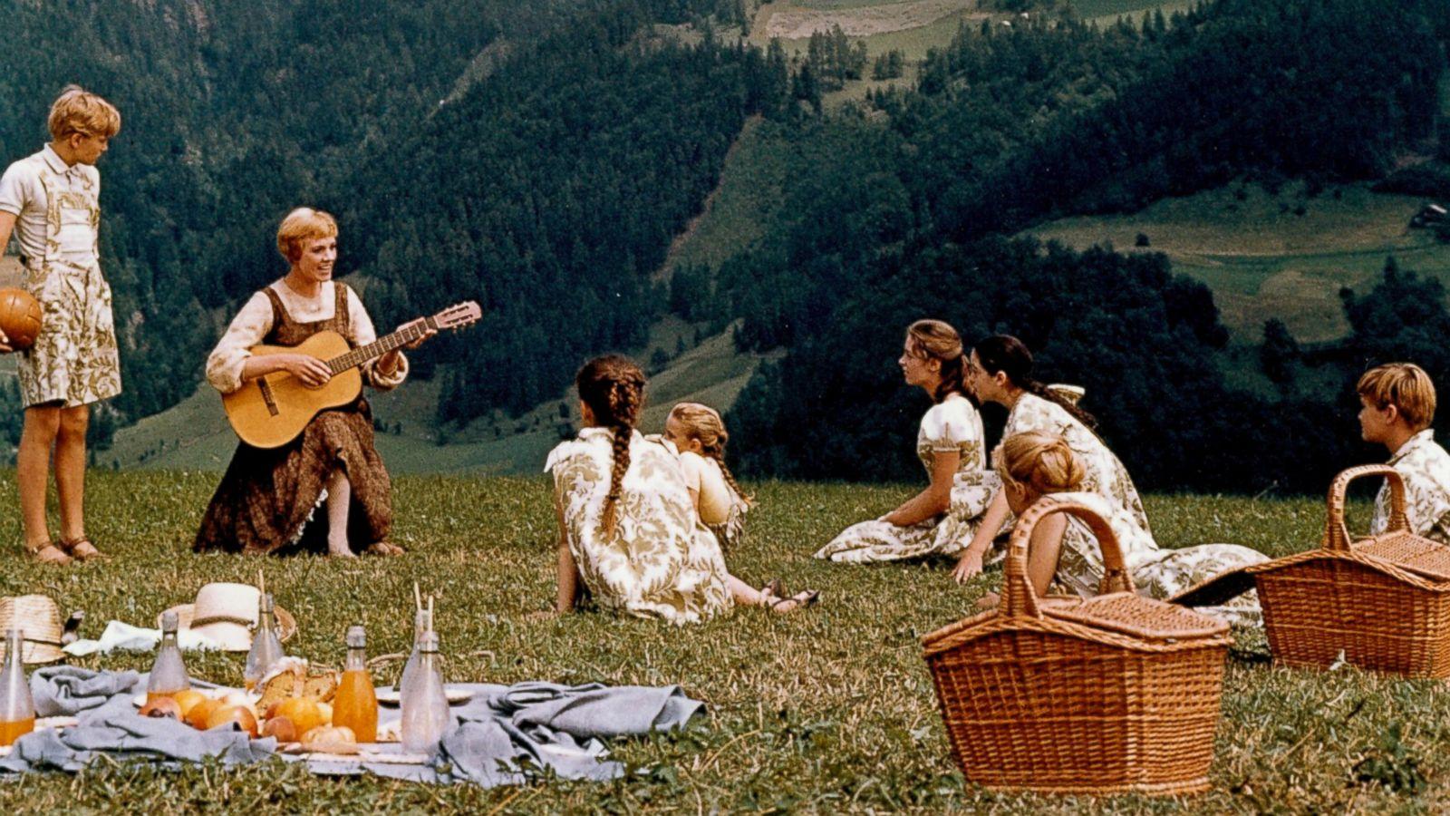 "「The Sound of Music」的圖片搜尋結果"""