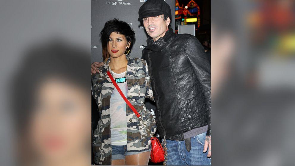 Sofi och Tommy Lee dating