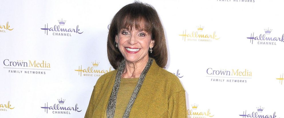 PHOTO: Actress Valerie Harper arrives at the Hallmark Channel & Hallmark Movie Channel 2014 Winter TCA Party, Jan. 11, 2014 at The Huntington Library and Gardens in San Marino, Calif.