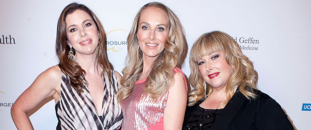 PHOTO: From left, Wendy Wilson, Chynna Phillips and Carnie Wilson are pictured on Oct. 30, 2014 in Beverly Hills, Calif.