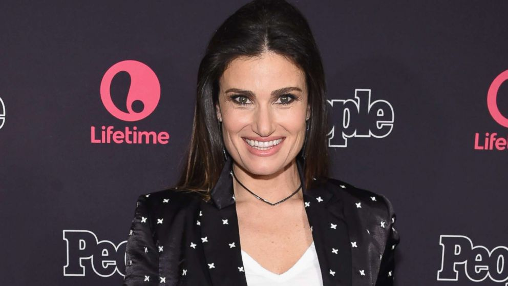 idina menzel and aaron lohr are married abc news