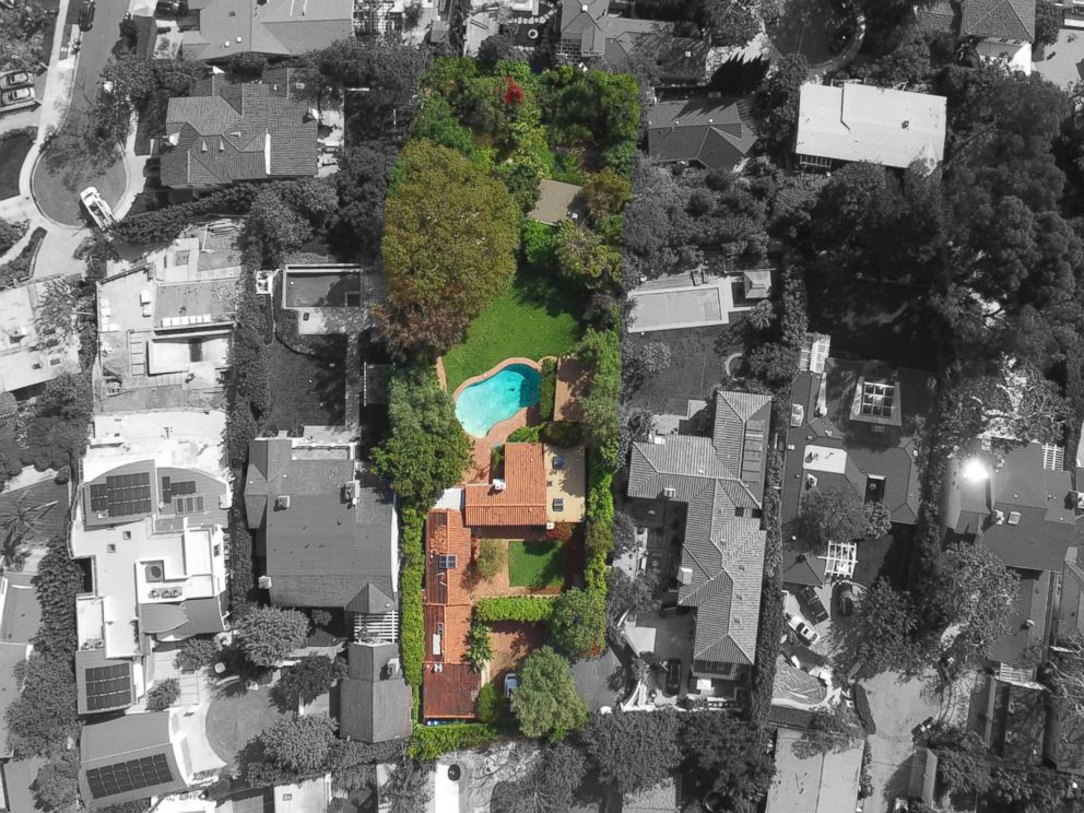 Photo Marilyn Monroes Former Home In The Bwood Neighborhood Of Los Angeles Is On