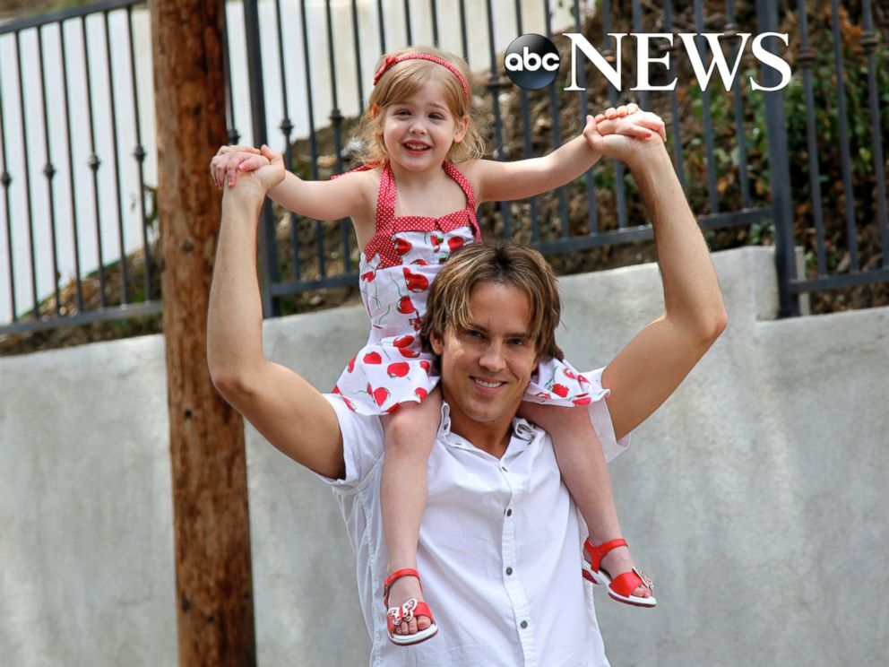 PHOTO: Larry Birkhead, is raising his daughter Dannielynn, seen here in this 2009 photo, as a single dad.
