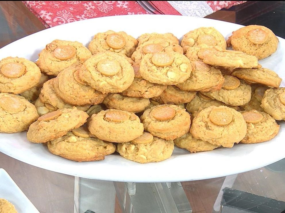 PHOTO: GMA viewer Zenobia Dewely from New York shared her recipe for her famous banana pudding cookies.