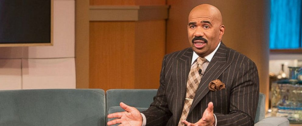 PHOTO: Steve Harvey is seen on the set of his show.