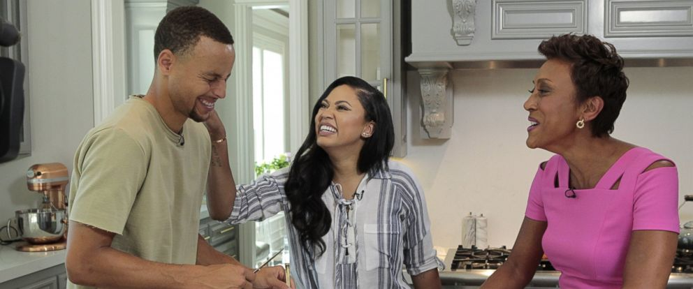 "PHOTO: NBA star Stephen Curry and ""The Seasoned Life"" cookbook author Ayesha Curry spoke with ABC News Robin Roberts about their lives on the basketball court and in the kitchen."