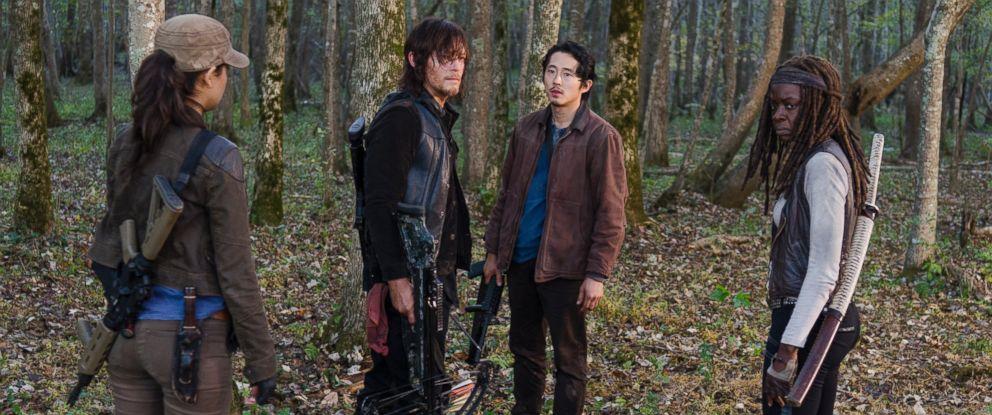 "PHOTO: Steven Yeun as Glenn Rhee, Norman Reedus as Daryl Dixon, Danai Gurira as Michonne and Sonequa Martin-Green as Sasha in the series ""The Walking Dead,"" in Season 6, Episode 15."