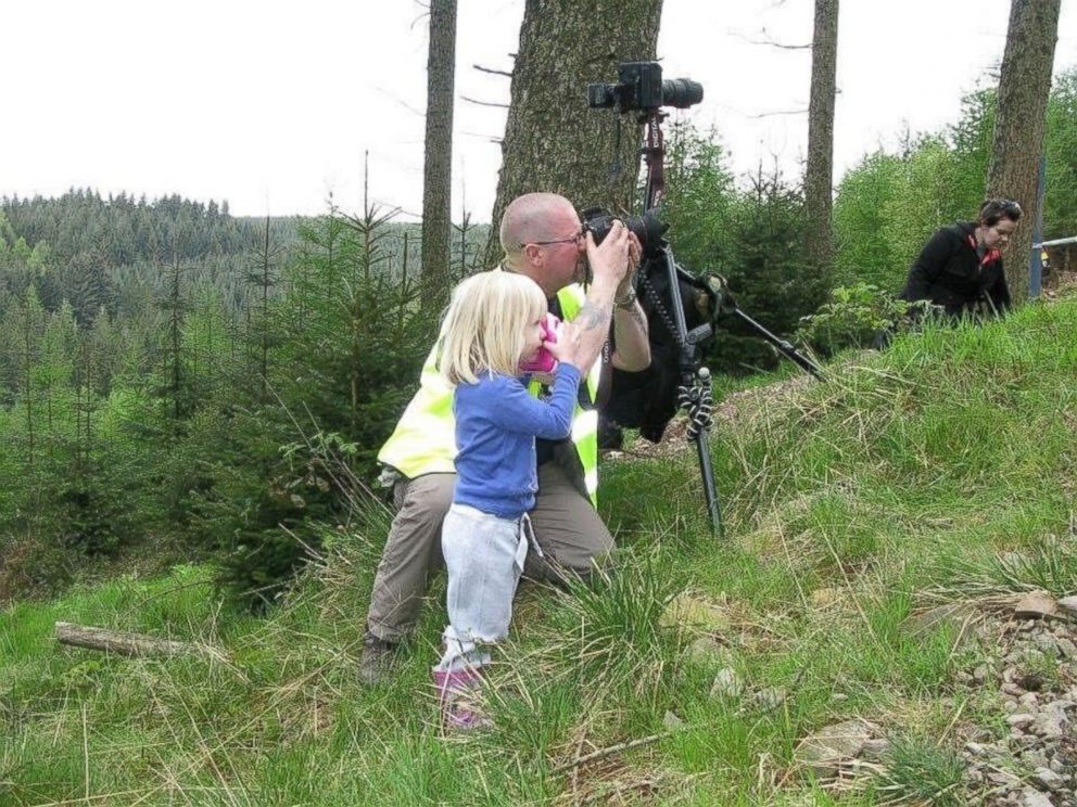 PHOTO: Regina Wyllie, 9, is following in the footsteps of her father, Kevin Wyllie, a professional photographer.