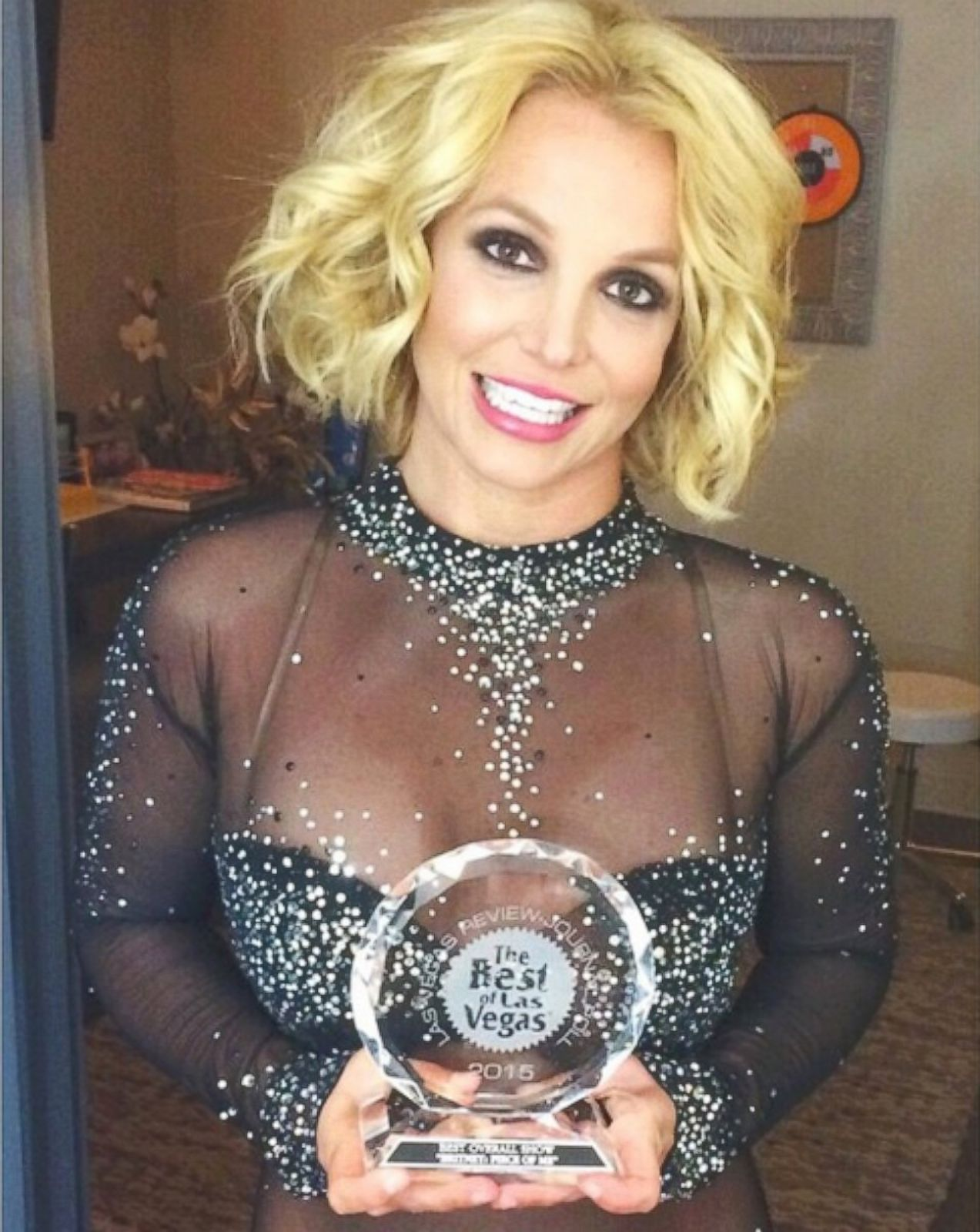 Britney Spears Shows Off an Award Picture | Britney Spears ...