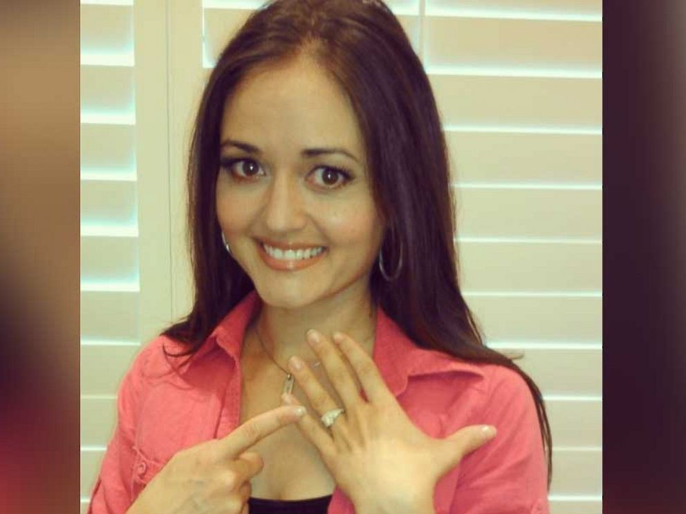 Wonder Years Star Danica Mckellar Dishes On Her Upcoming Intimate Wedding Abc News