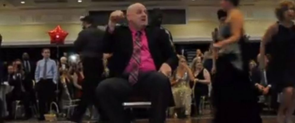 """PHOTO: Dover Police Master Cpl. Jeff Davis dances to Taylor Swifts hit """"Shake It Off."""""""