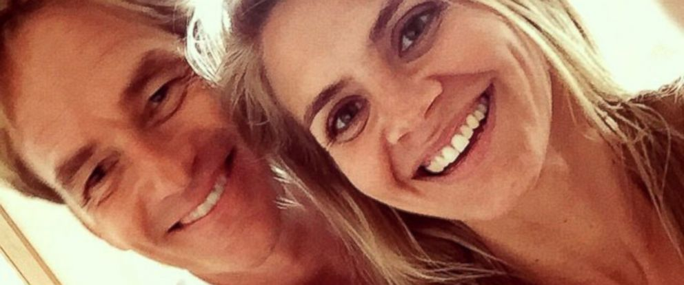 PHOTO: Eliza Coupe announced her recent marriage to Darin Olien via her instagram account, Dec. 24, 2014.