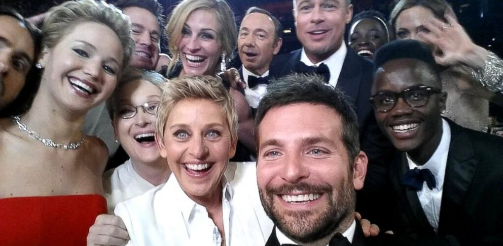 Watch Ellen DeGeneres Plan the Selfie During Oscars Rehearsal