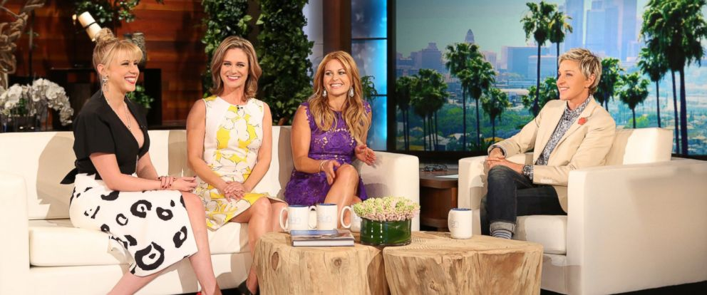 "PHOTO: The cast of ""Fuller House,"" appear on ""The Ellen DeGeneres Show,"" Feb. 9, 2016."