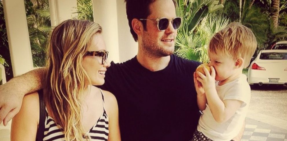 "PHOTO: Hilary Duff posted this image on Instagram with this caption: ""#modernfamily #vacation #juicypear,"" Feb. 14, 2014."