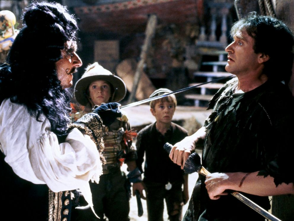 PHOTO: Dustin Hoffman, left, as Captain Hook, and Robin Williams, as Peter Pan, in a scene from Hook.