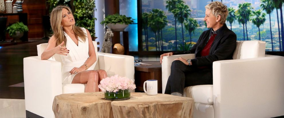PHOTO: Jennifer Aniston talks with Ellen Degeneres on the Ellen show.