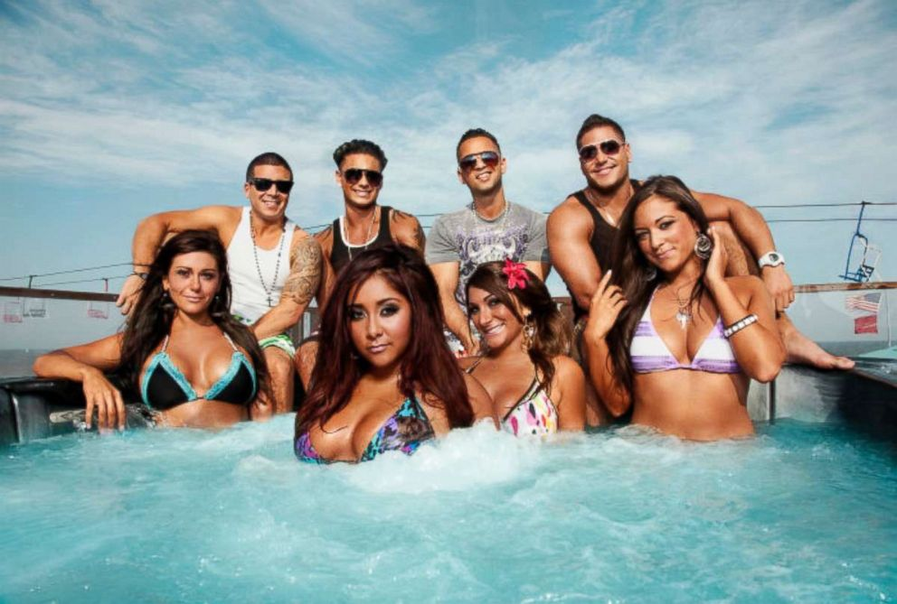 PHOTO: The cast of the Jersey Shore poses for a portrait.