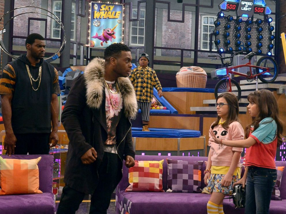 PHOTO: Kel Mitchell, left, in a scene from Game Shakers.