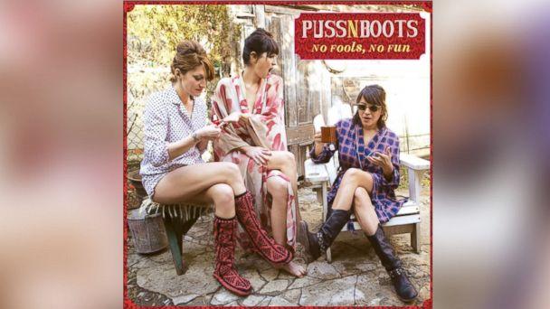 """PHOTO: Puss n Boots """"No Fools, No Fun."""""""