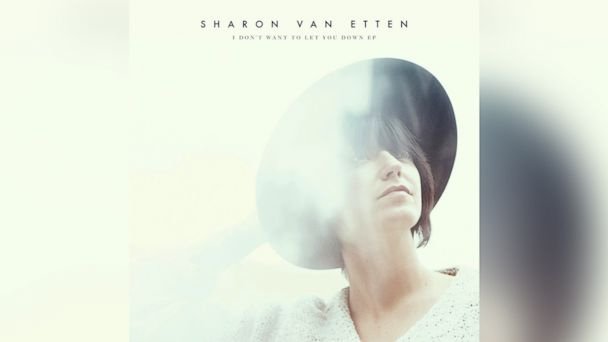 PHOTO: Sharon Van Etten - I Dont Want To Let You Down