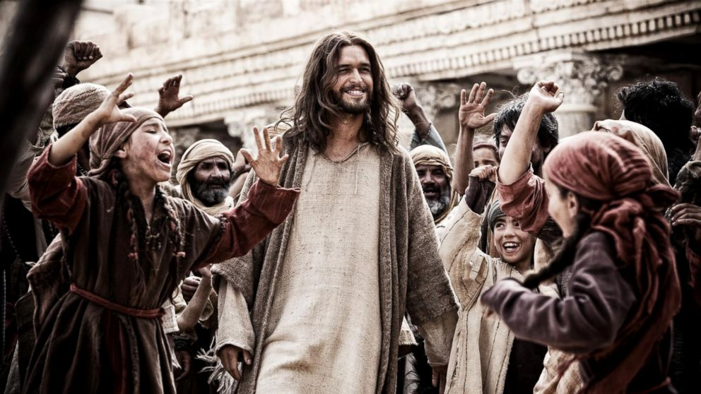 Jesus Returns to the Big Screen in Biblical Movie 'Son of God ...