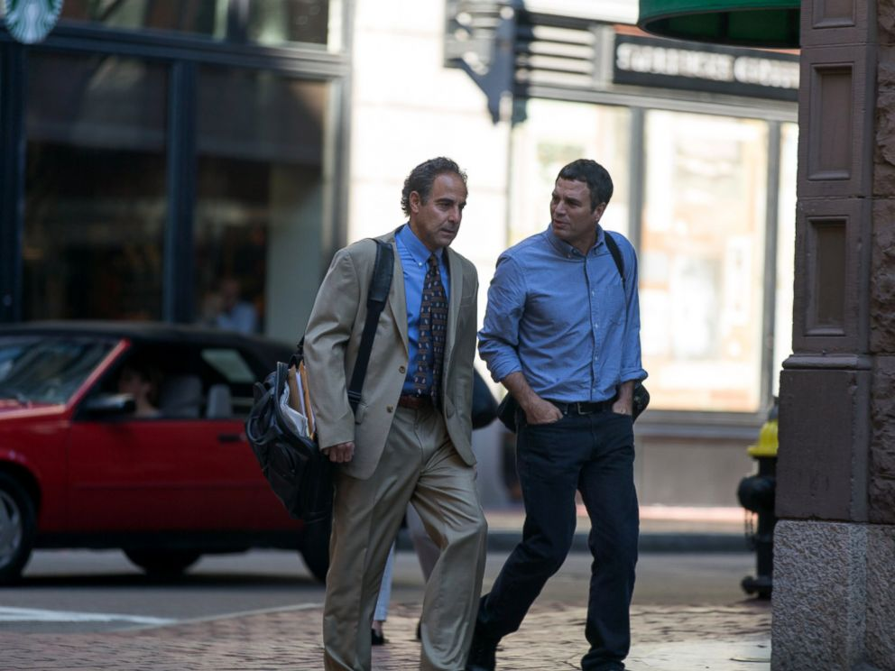PHOTO: Stanley Tucci, left, and Mark Ruffalo in a scene from the movie Spotlight.