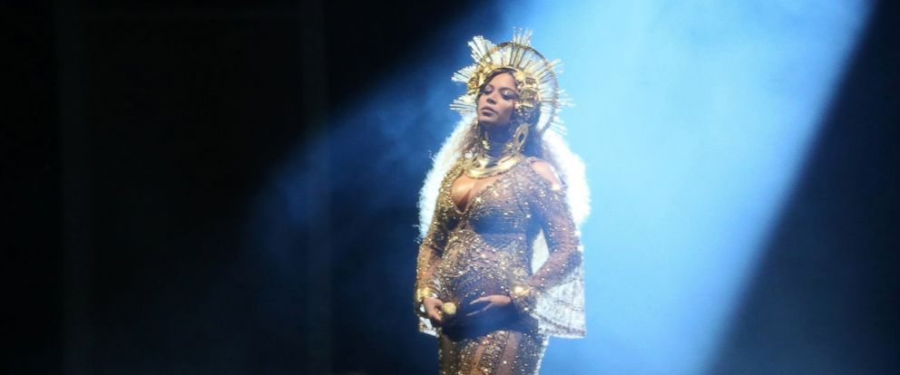 PHOTO: Beyonce performs at the 59th Annual Grammy Awards in Los Angeles, Feb. 12, 2017.