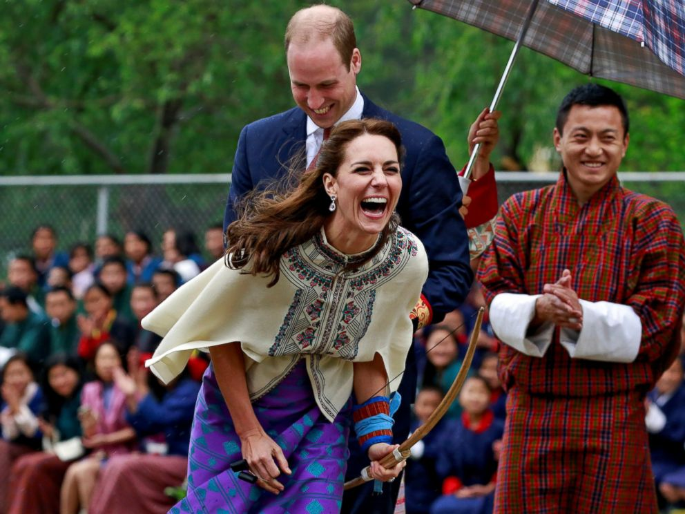 PHOTO:Catherine, Duchess of Cambridge reacts after shooting an arrow at Changlimithang Archery Ground in Thimphu, Bhutan, April 14, 2016.