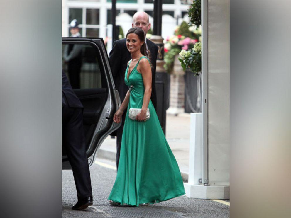 9 designers who could make pippa middleton 39 s wedding dress for Kate middleton wedding pippa dress