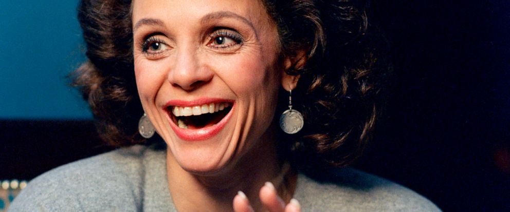 Valerie Harper, TV's sassy, lovable Rhoda, dies at 80 - ABC News