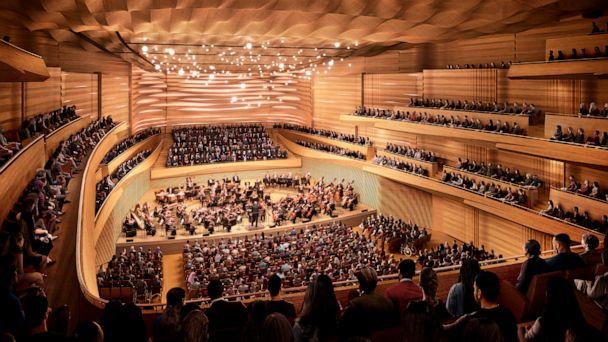 NY Philharmonic to cut 500 seats in $550 million renovation