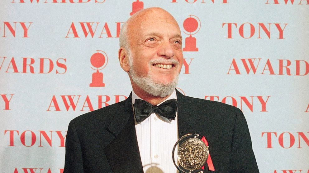 Towering Broadway director and producer Hal Prince dead thumbnail