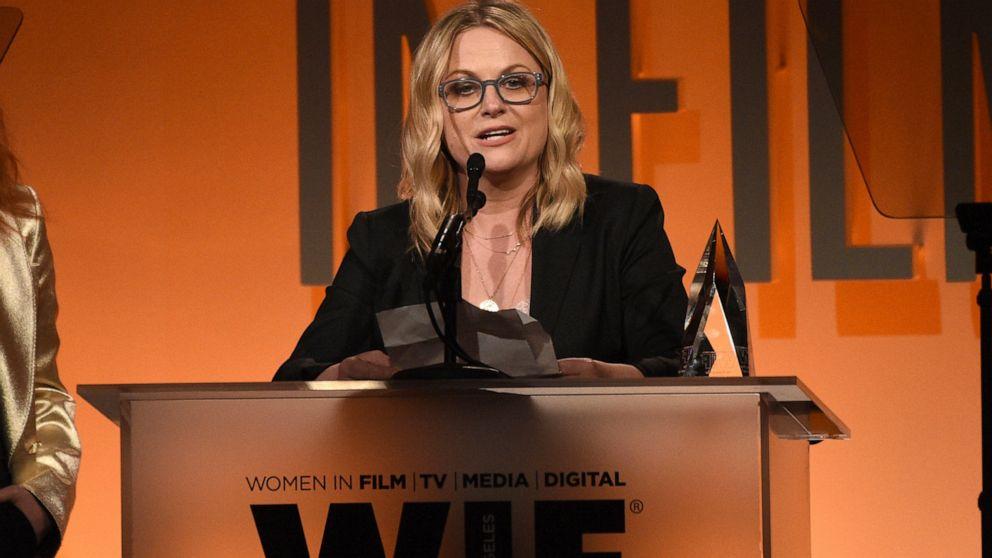 Amy Poehler, Issa Rae recognized for their entrepreneurship
