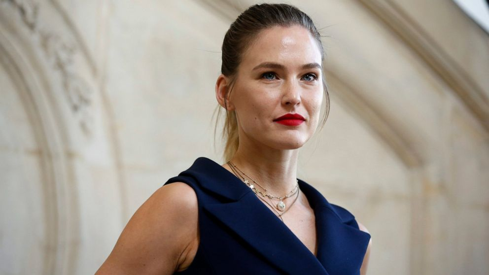 Israeli model Bar Refaeli signs plea bargain for tax evasion thumbnail