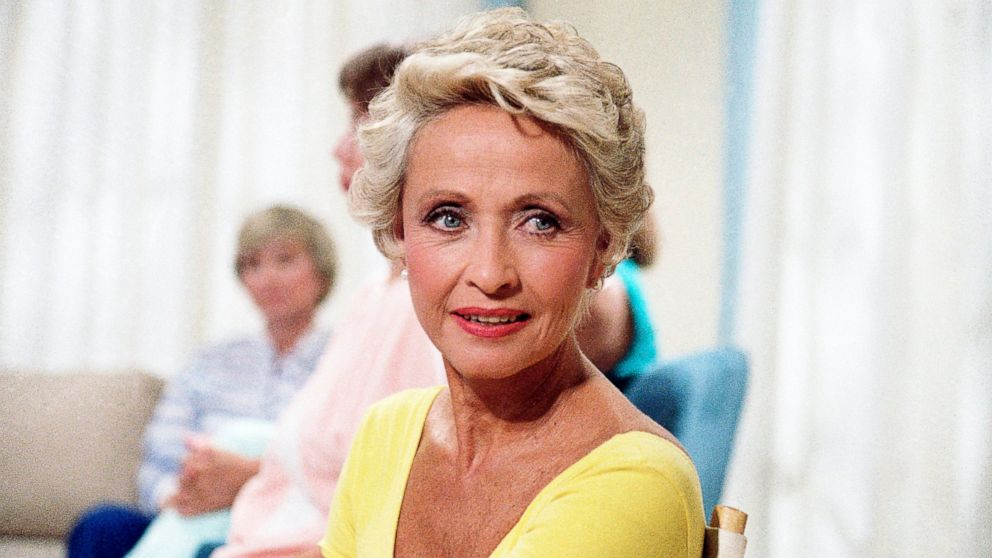 Jane Powell, Hollywood golden-age musicals star, dies at 92 – ABC News