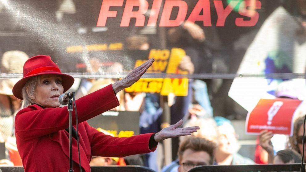 Jane Fonda brings climate-change fight to LA ahead of Oscars - ABC News