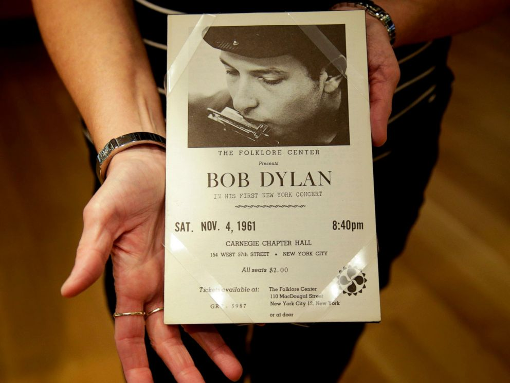"In this Thursday, Oct. 13, 2016 photo, a piece from Bob Dylans first concert in New York is shown in Tulsa, Okla. A new exhibit on the life and work of Bob Dylan, centered on 12 pastel portraits that make up his ""Face Value"" series, will go on displ"