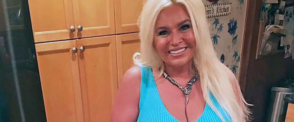 Dog The Bounty Hunter Co Star Beth Chapman Dies At 51 Abc News