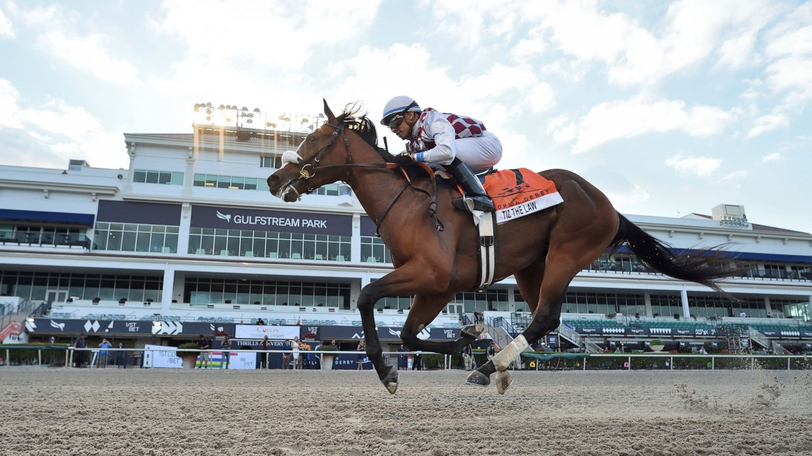 betting on horses today television