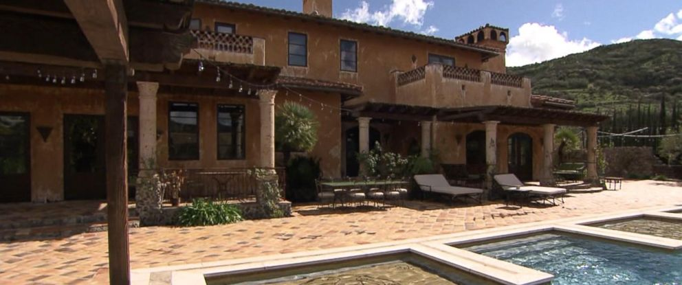 "PHOTO: ABC News Nick Watt interviewed the family that lives in the ""Bachelor"" mansion while the show is not being filmed there."