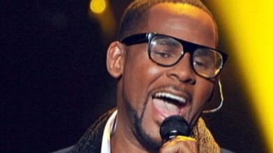 Now Playing R Kelly Reportedly Owes 48 Million In Back Taxes