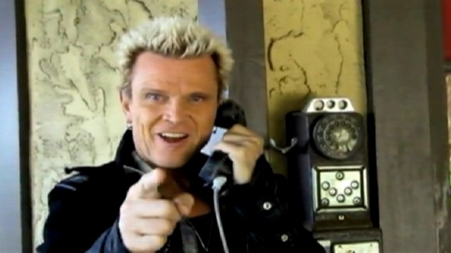 VIDEO: Michael Henrichsens two-year project has resulted in Billy Idol performing for his 26th birthday.
