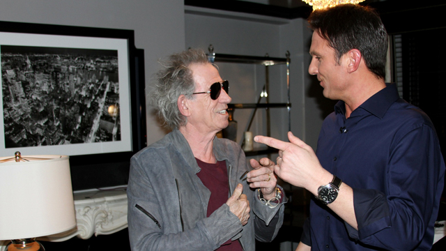 """PHOTO: """"Nightline"""" anchor Bill Weir talks with Rolling Stones Keith Richards. The Stones sat down for an exclusive interview with """"Nightline"""" while on their """"50 and Counting"""" tour."""