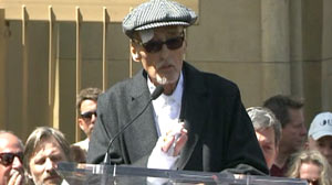 Frail, Ill Dennis Hopper Accepts Star on Hollywood Walk of Fame