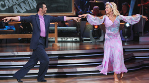 """PHOTO Kate Gosselin and Tony Dovolani compete on """"Dancing with the Stars,"""" April 19, 2010."""