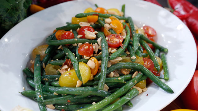 PHOTO: Emeril's Asian green bean salad is shown here.