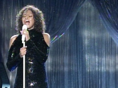 Video: Whitney Houston seems to struggle during Berlin concert.