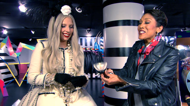 """PHOTO: Lady Gaga chats about the holidays with Robin Roberts on """"Good Morning America,"""" Nov. 22, 2011."""