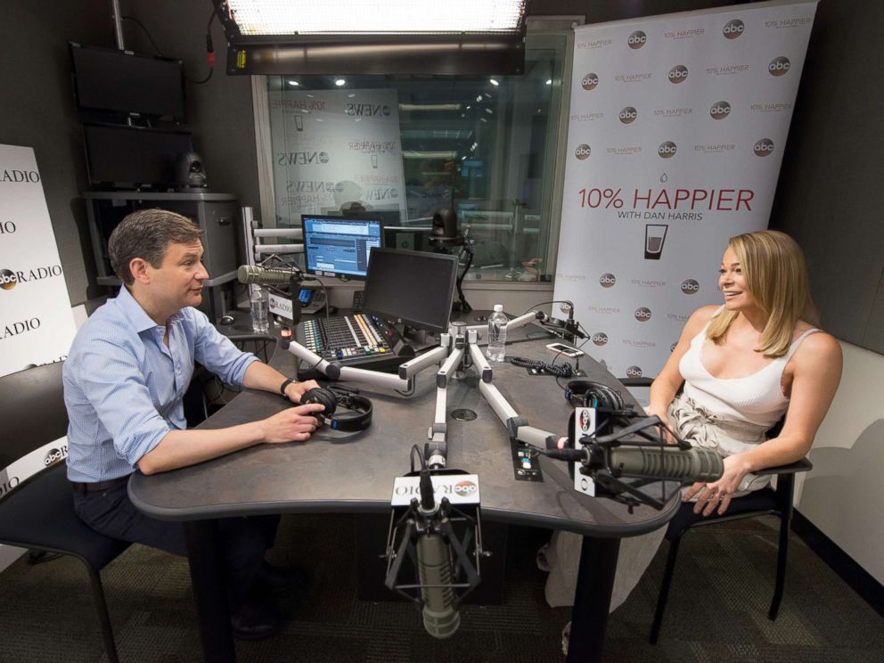 Singer LeAnn Rimes sat down with ABCs Dan Harris during an interview for his 10% Happier podcast.